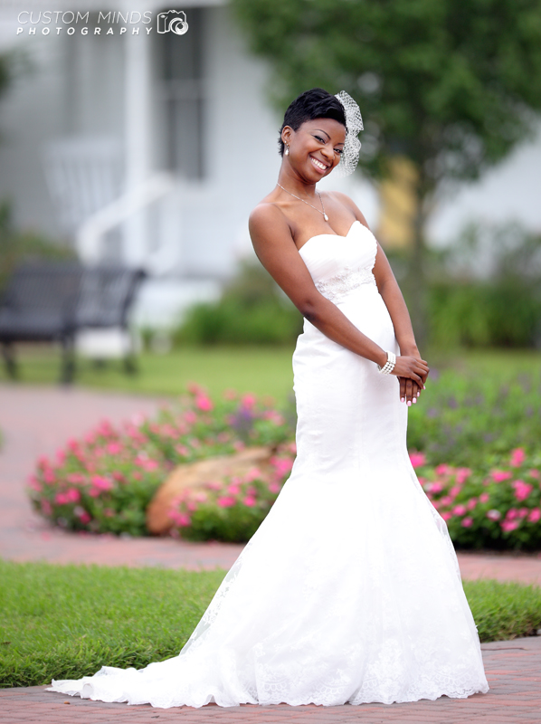 Bridal portrait in Heritage Park, Katy Texas