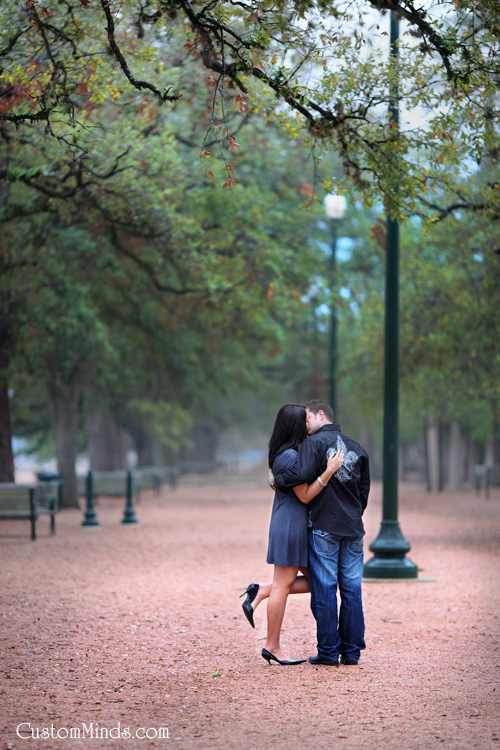 Kissing at Hermann Park engagement session