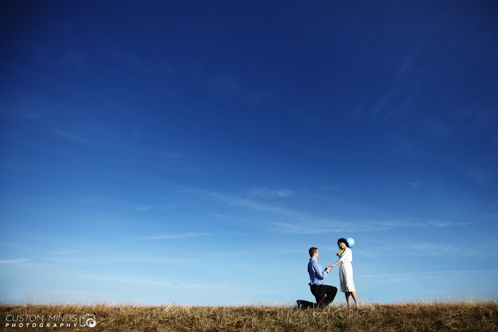 Pearland engagement session with ballons and blue sky