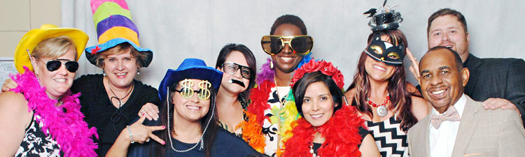 Wedding Photo Booth by Custom Minds Photography of Houston Texas