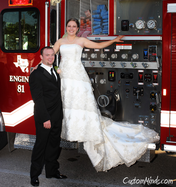 Bride and Groom leave the reception in a firetruck